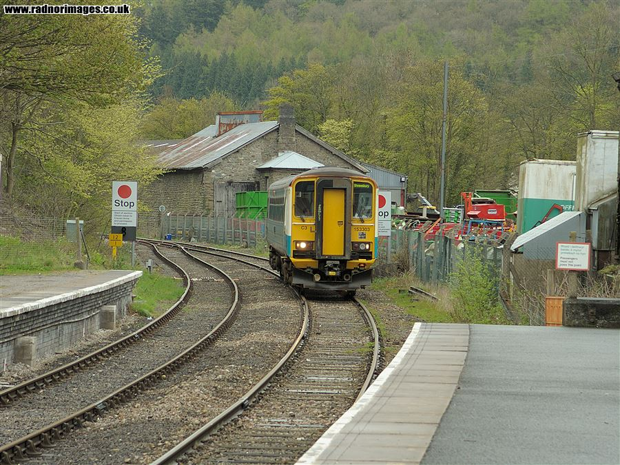 Train arriving from Shrewsbury at Knighton station